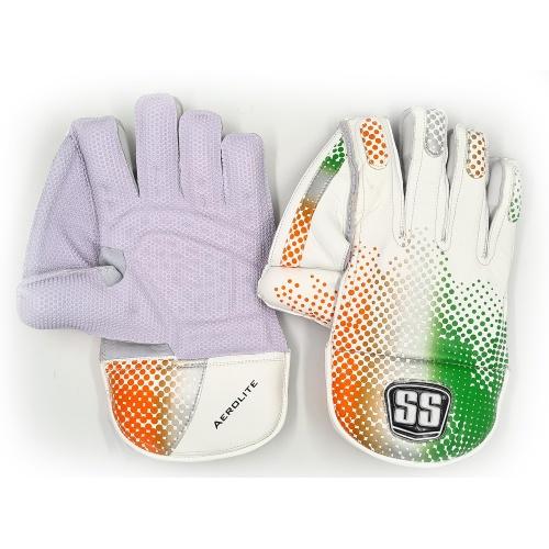 SS Aerolite Wicket Keeping Gloves